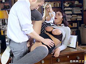 ample dicked professor drills fantastic schoolgirl Emma Leigh