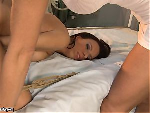 Mandy Bright let her patient deep-throat a rigid fake penis
