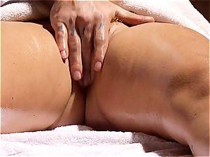 insatiable masseur makes Krissy Lynn jiggle after voluptuous enjoy making