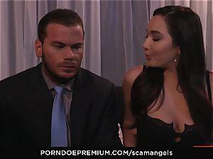 SCAM ANGELS - Kat Dior and Morgan Lee hot three-way