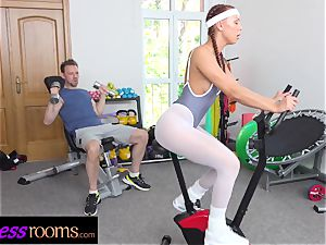 fitness rooms Morgan Rodriguez torn pantyhose