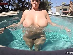 bodacious Alison swims and jacks in the pool
