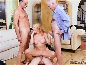 internal cumshot ample mammories mummy babe Frannkie And The group Tag squad A Door To Door Saleswoman