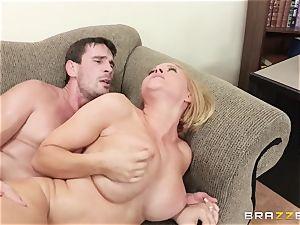 Krissy Lynn pounded by her nasty shrink