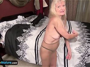 EuropeMature elderly grandma Cindy gone too wild