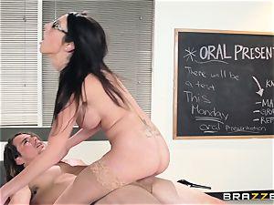 super hot instructor Dava Foxx seduces her jumpy student