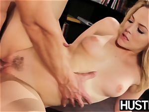 super-naughty Alexis Texas jerks all the cum from her playmate