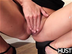 beautiful India Summers sploogs after chomping down big black cock