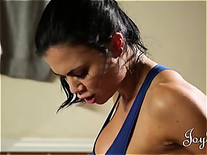 sport lady humped in her locker apartment