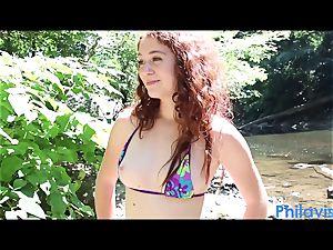 PHILAVISE- Creek fun with Alice Green