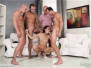 Mass gang-fuck with a youthfull bitch and four guys