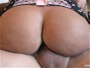 LiveGonzo Lisa Ann plumbing ass fucking Like a True milf