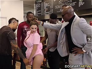 Waitress Elektra Rose gangbanged By ebony customers