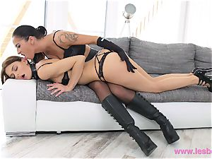 Lesbea Dom cougar spanks and ravages her red-hot servant