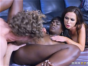 super hot three-way with Ana Foxxx and Romi Rain