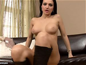 Aletta Ocean reaches her slits from behind and gives in the solo sensation