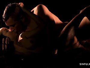 sensuous massage turns into a voluptuous poke