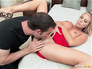 super-hot wife Samantha Saint penetrates her spouses step-brother