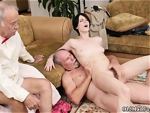 nubile girl older girls and emo xxx Frannkie goes down the Hersey highway