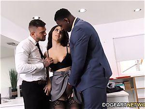 black Immigration Officer Wants Valentina Nappi's booty