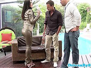 Rich honey Aletta Ocean reveals her boobs to 2 Paparazzi